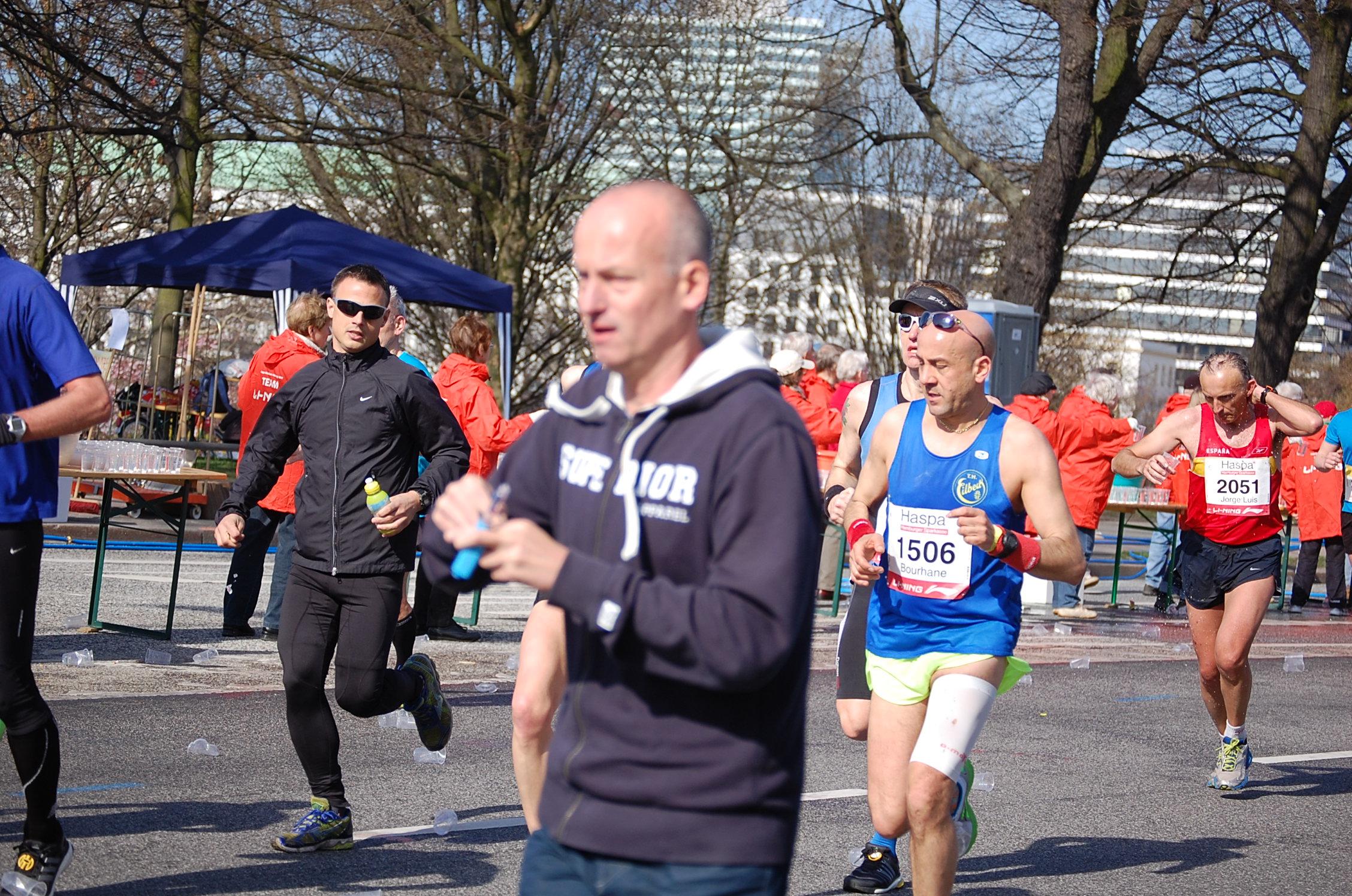 28. haspa Marathon Hamburg: zweite Frau Hamburger Meisterschaft hinter der Lombardsbrücke, km 17,2